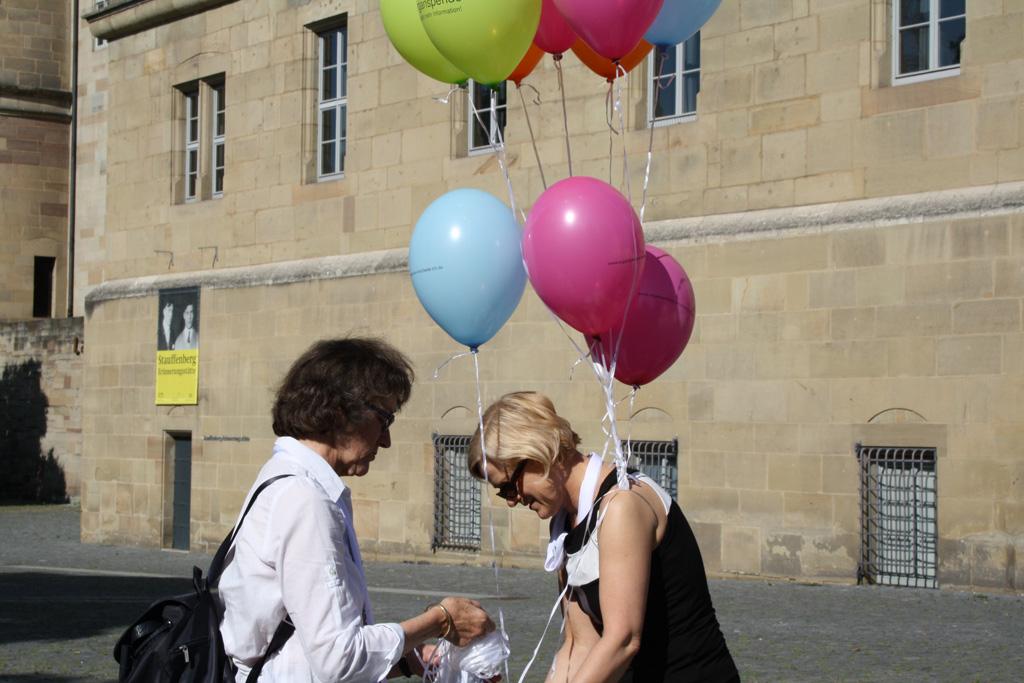299 Luftballons am Tag der Organspende_4